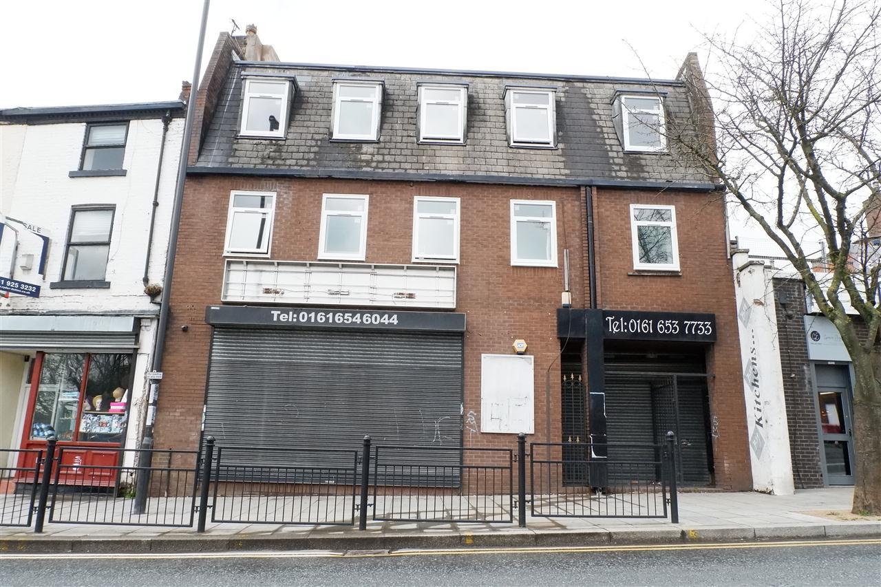 to rent in Long Street, Middleton, MIddleton, M24