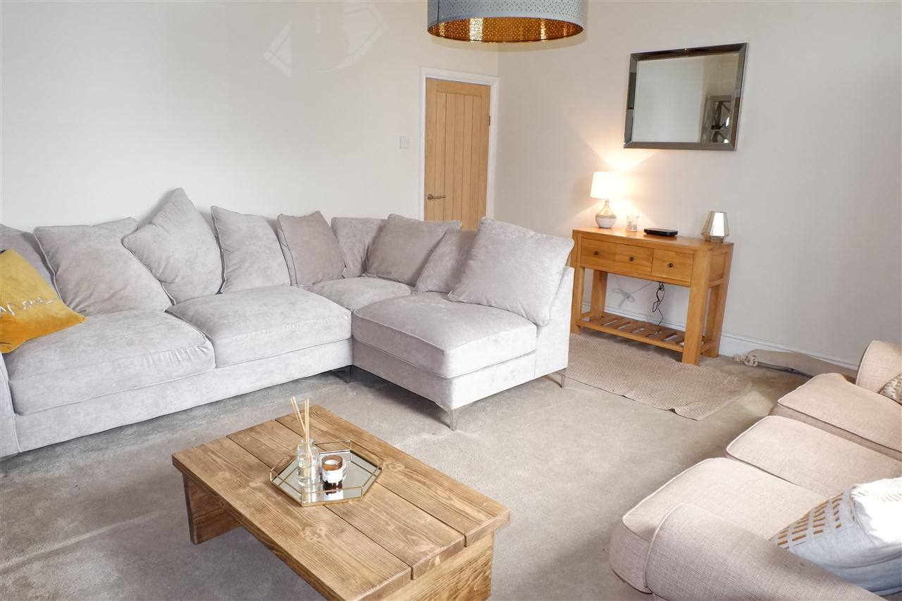 2 bed cottage for sale in Springfield Cottages, Off Babylon Lane, Heath Charnock 5