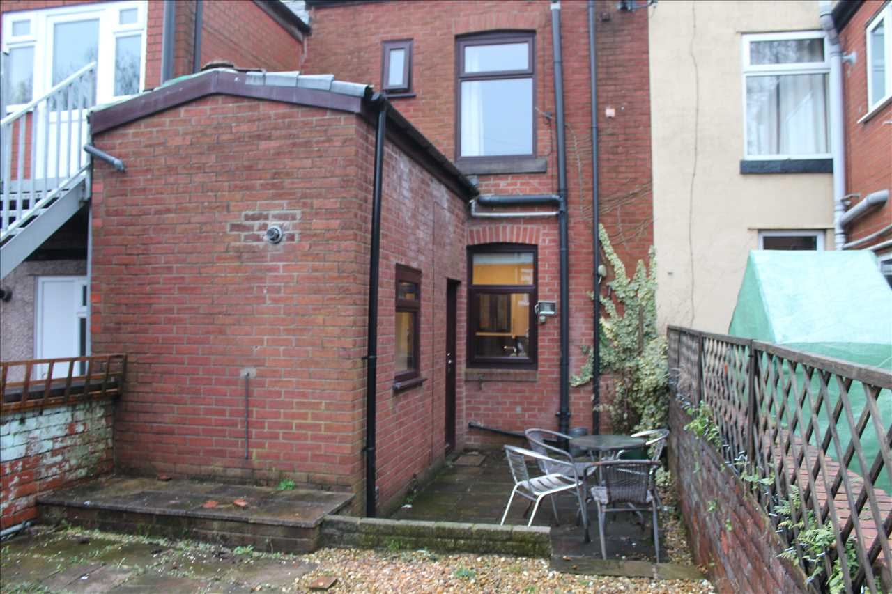 1 bed terraced to rent in Chorley Rd, Adlington 11