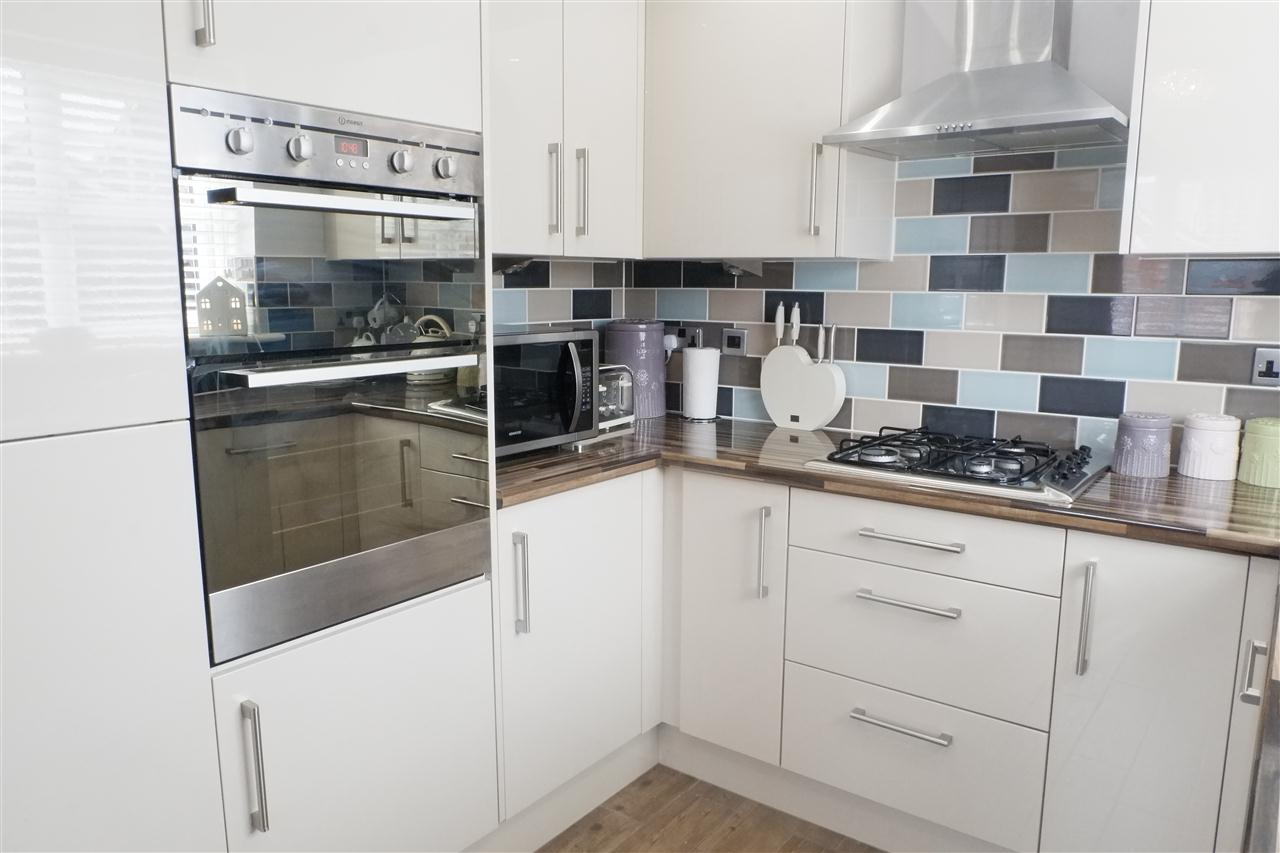 3 bed semi-detached for sale in Dukes Park Drive, Chorley 10