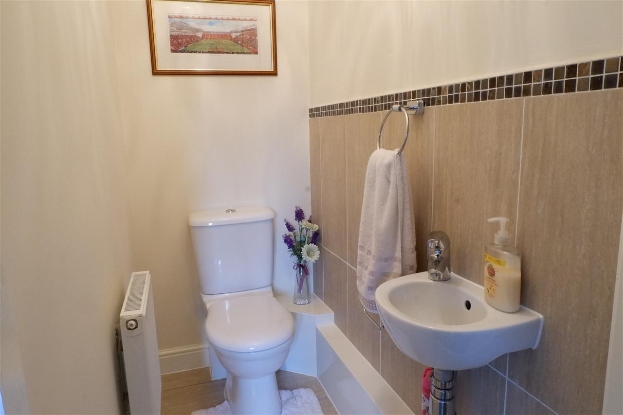 3 bed semi-detached for sale in Dukes Park Drive, Chorley 5