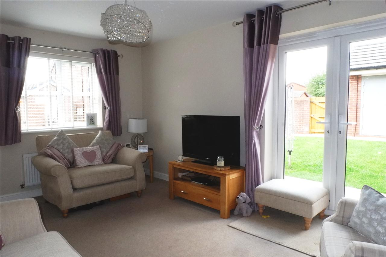 3 bed semi-detached for sale in Dukes Park Drive, Chorley 7
