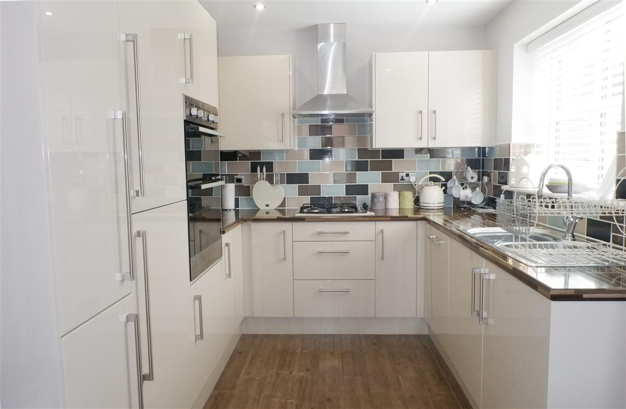 3 bed semi-detached for sale in Dukes Park Drive, Chorley 9