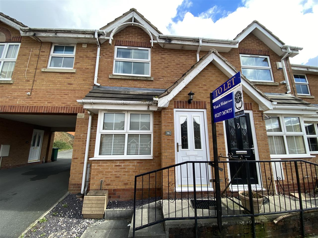 2 bed mews to rent in St Josephs Place, Chorley, Chorley, PR6