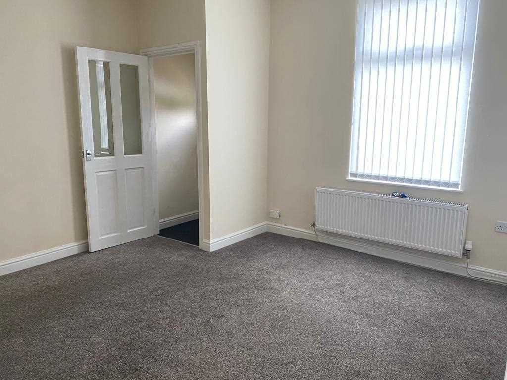 2 bed terraced to rent in Wilbraham Street, Westhoughton, Bolton 3