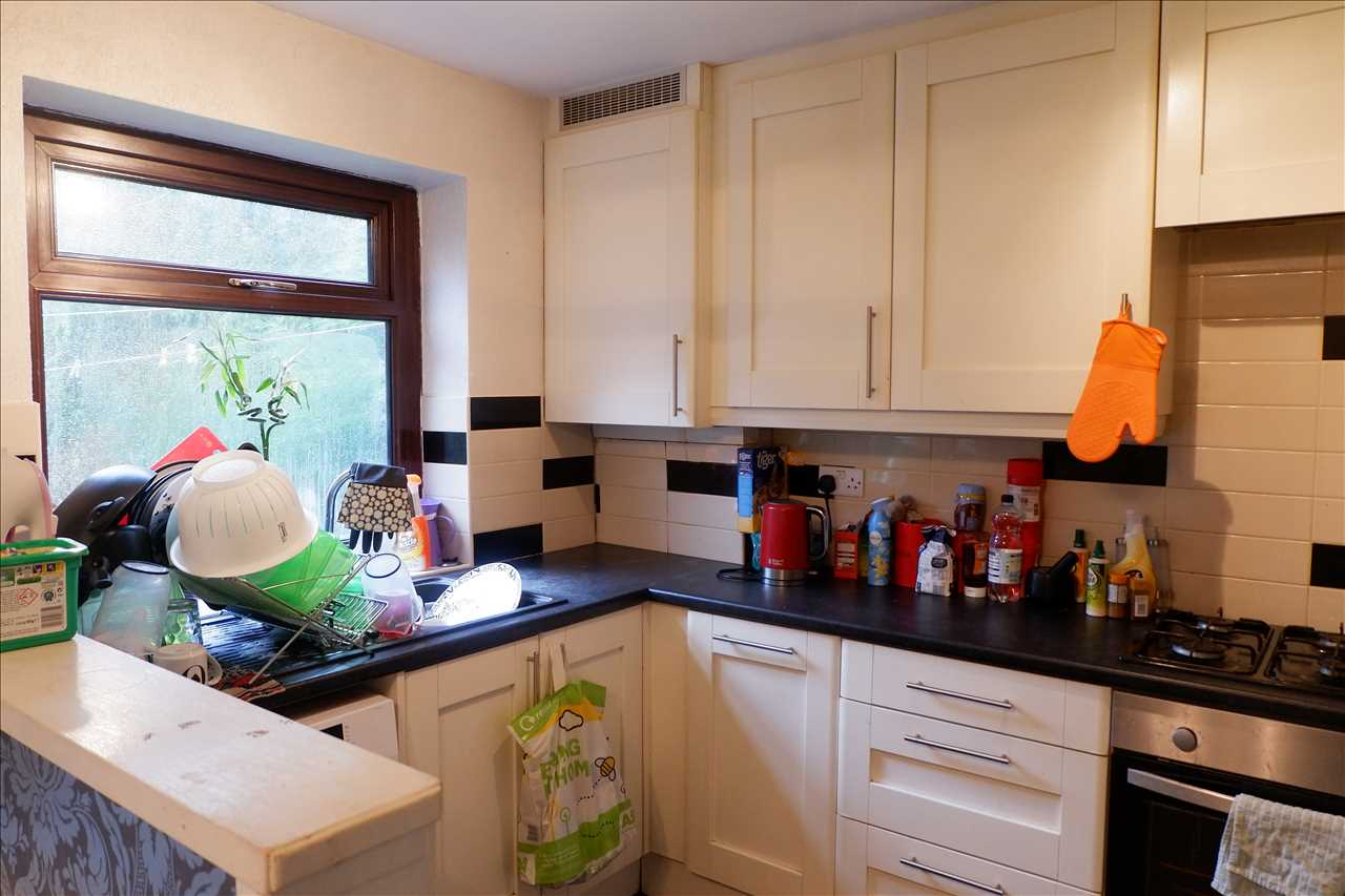 3 bed semi-detached for sale in Ellerbrook Close, Adlington 8