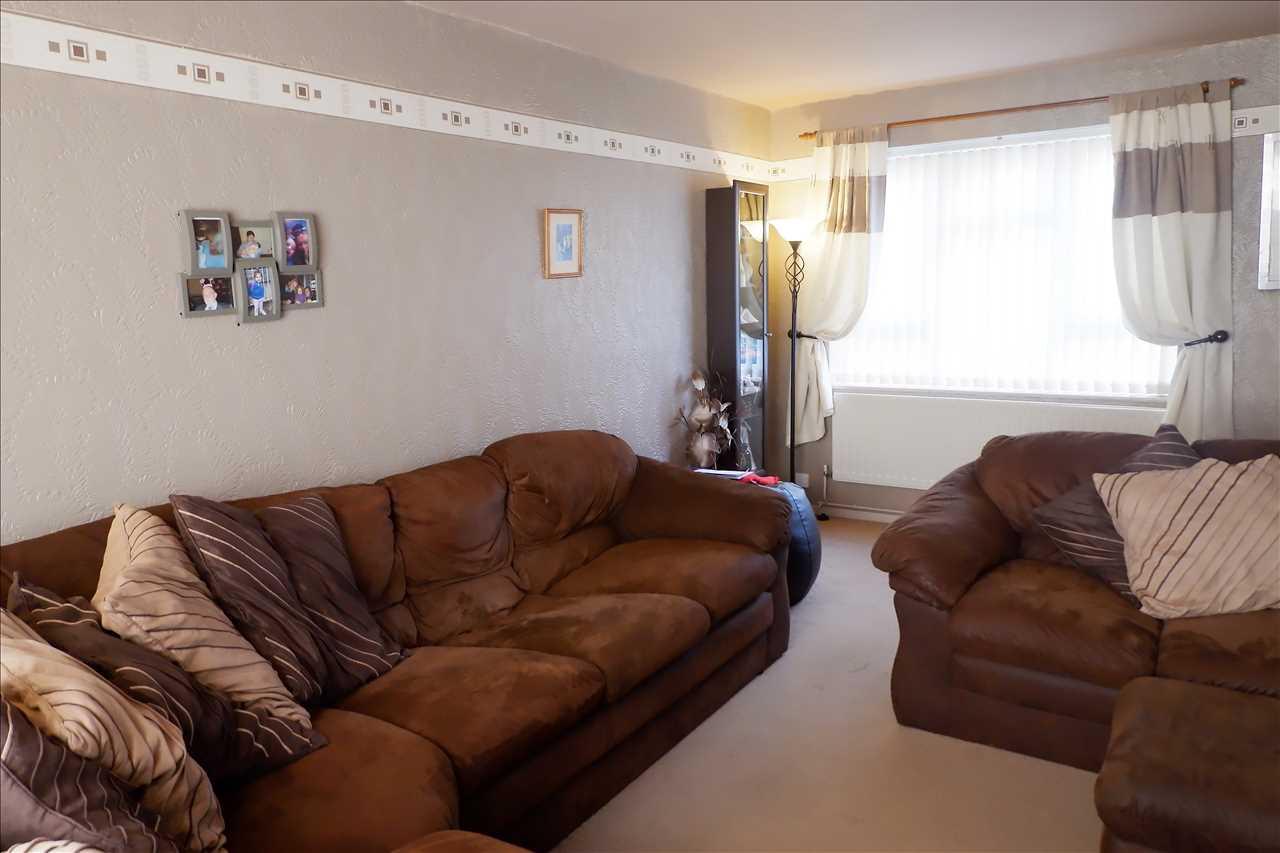 3 bed semi-detached for sale in Croston Avenue, Adlington 3