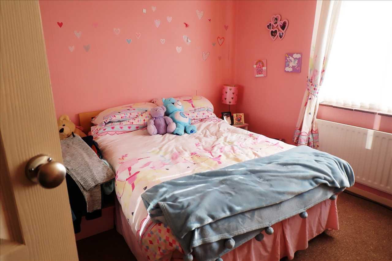 3 bed semi-detached for sale in Croston Avenue, Adlington 7