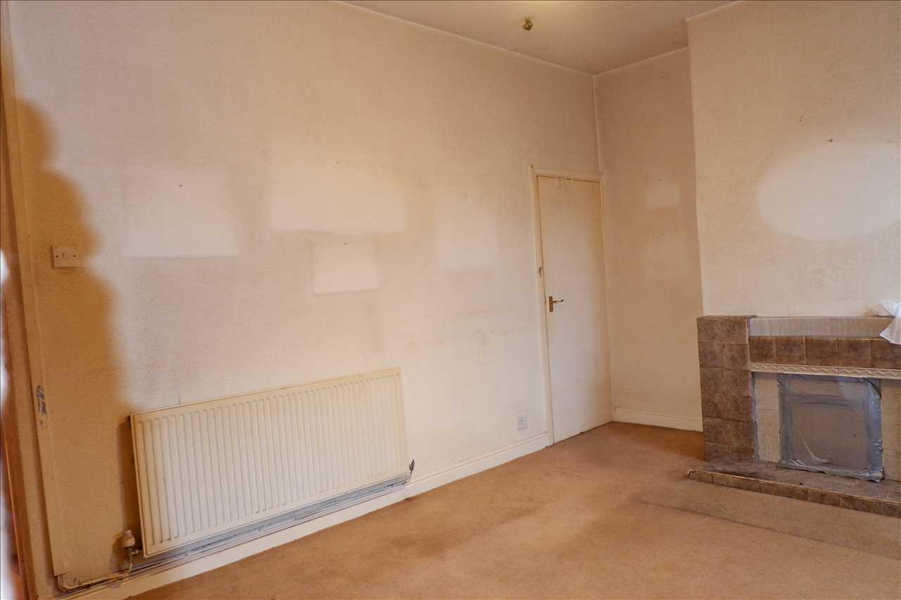 2 bed terraced for sale in Chorley Road, Adlington, Adlington 6