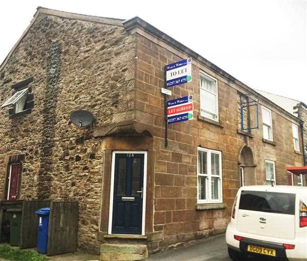 2 bed apartment to rent in Market Street, Adlington, PR7