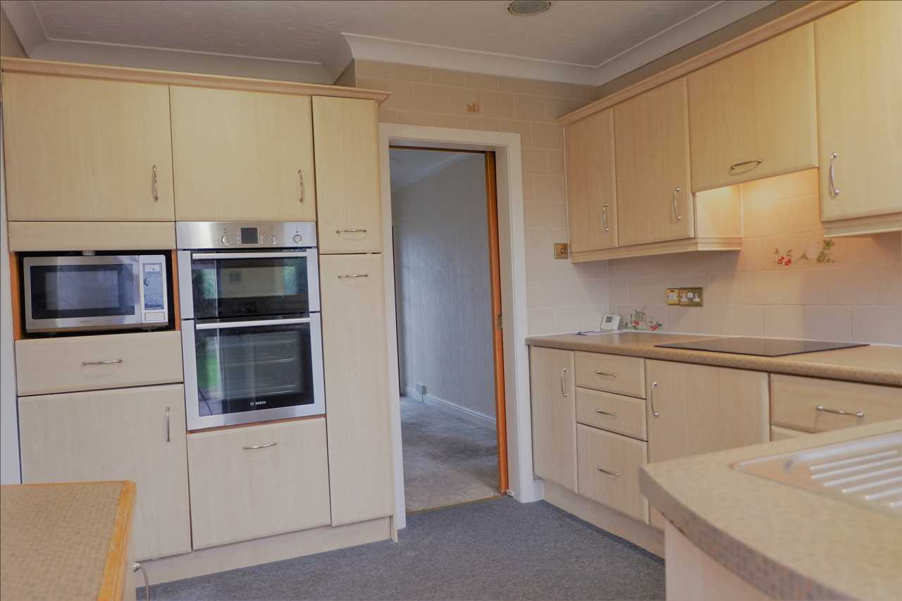 3 bed bungalow for sale in Brentwood Road, Anderton, Anderton 8