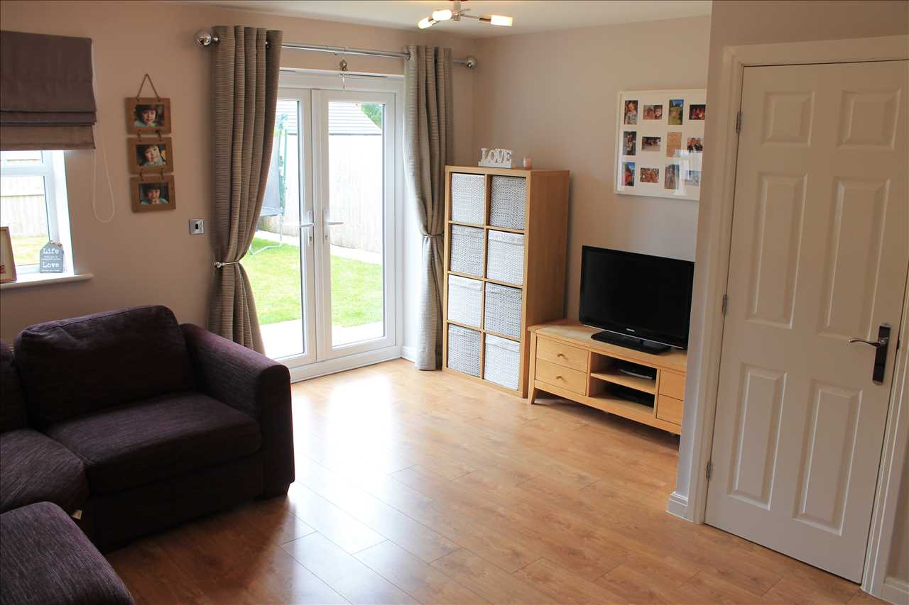 3 bed semi-detached for sale in Dukes Park Drive, Chorley 6