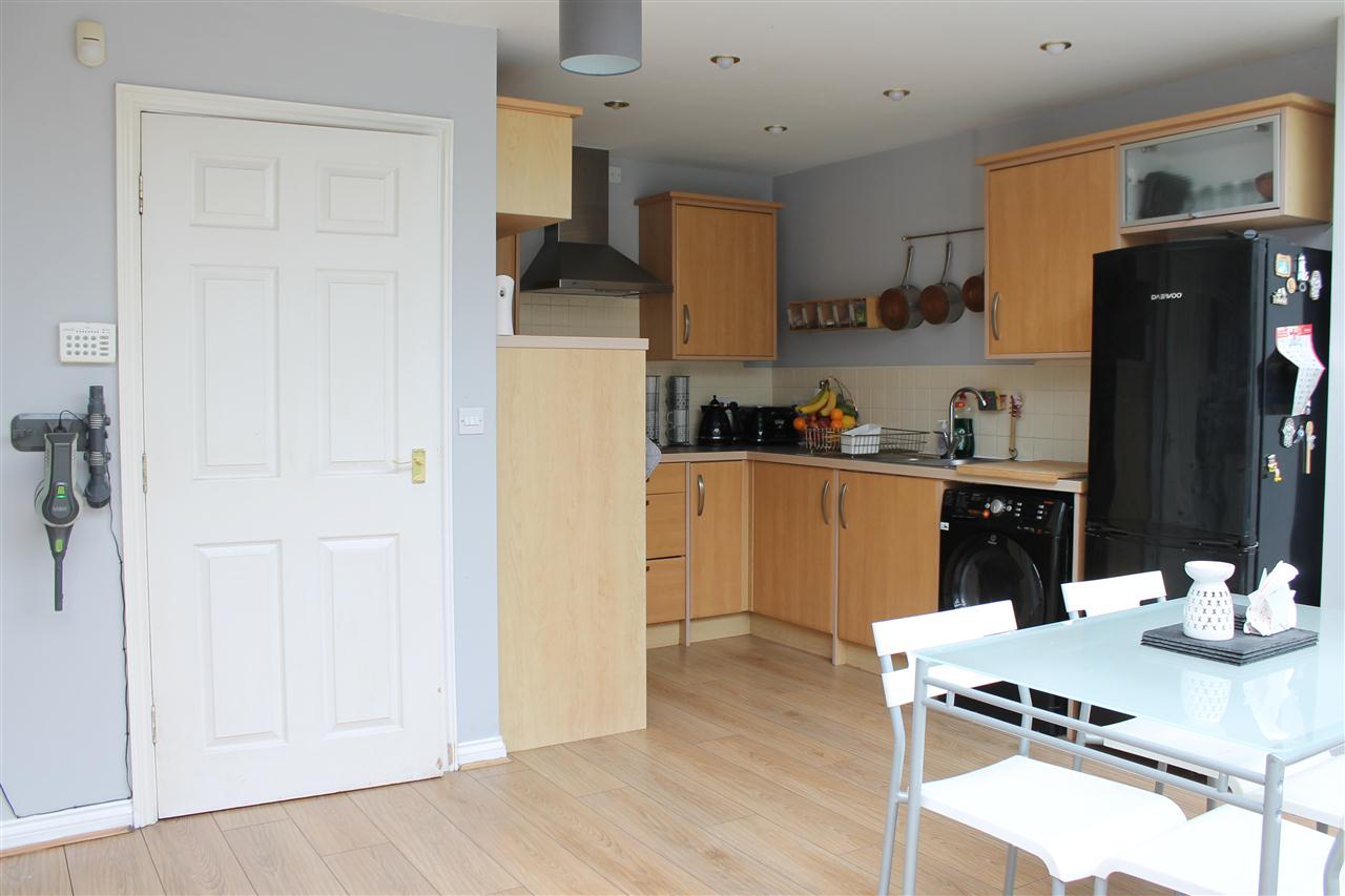 4 bed mews for sale in Fairview Drive, Adlington, chorley 7