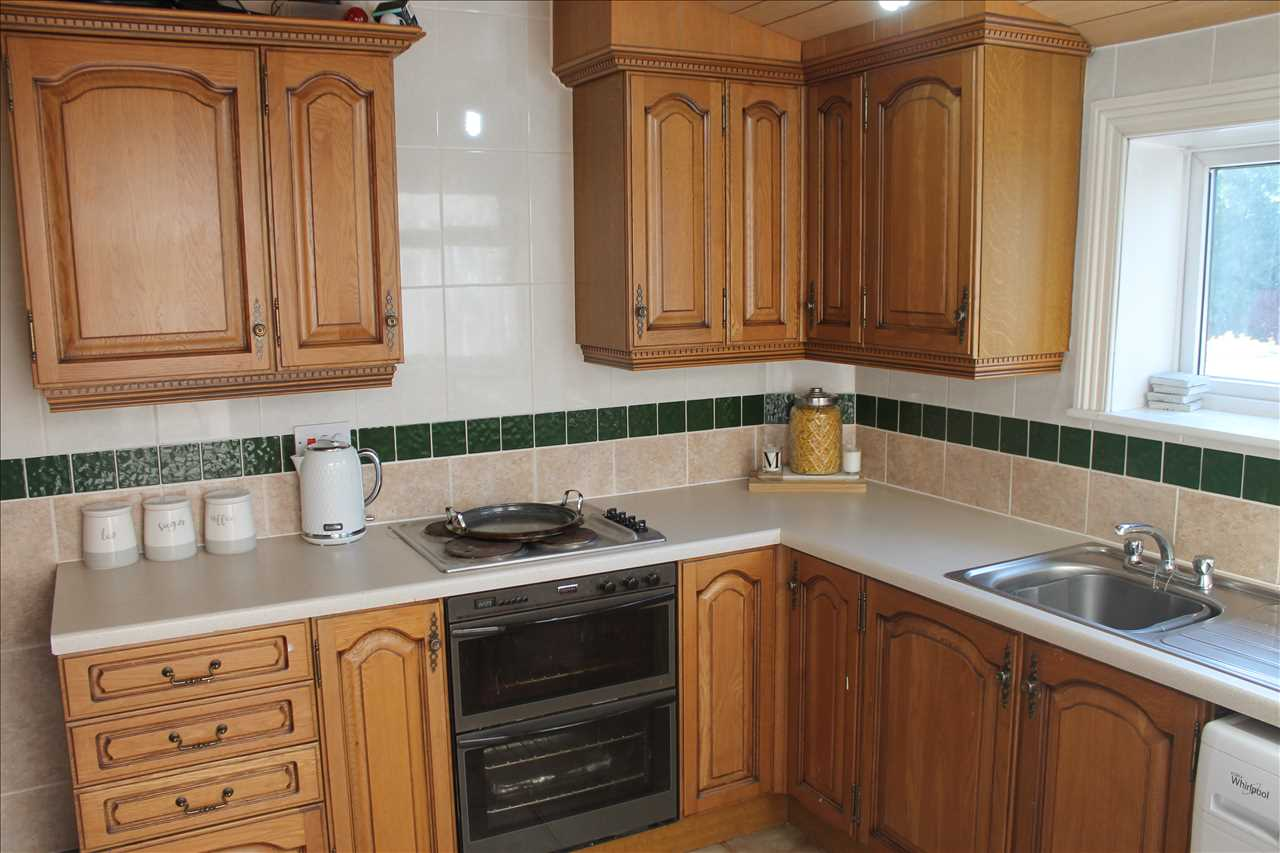 3 bed terraced for sale in Church Street, Adlington 12