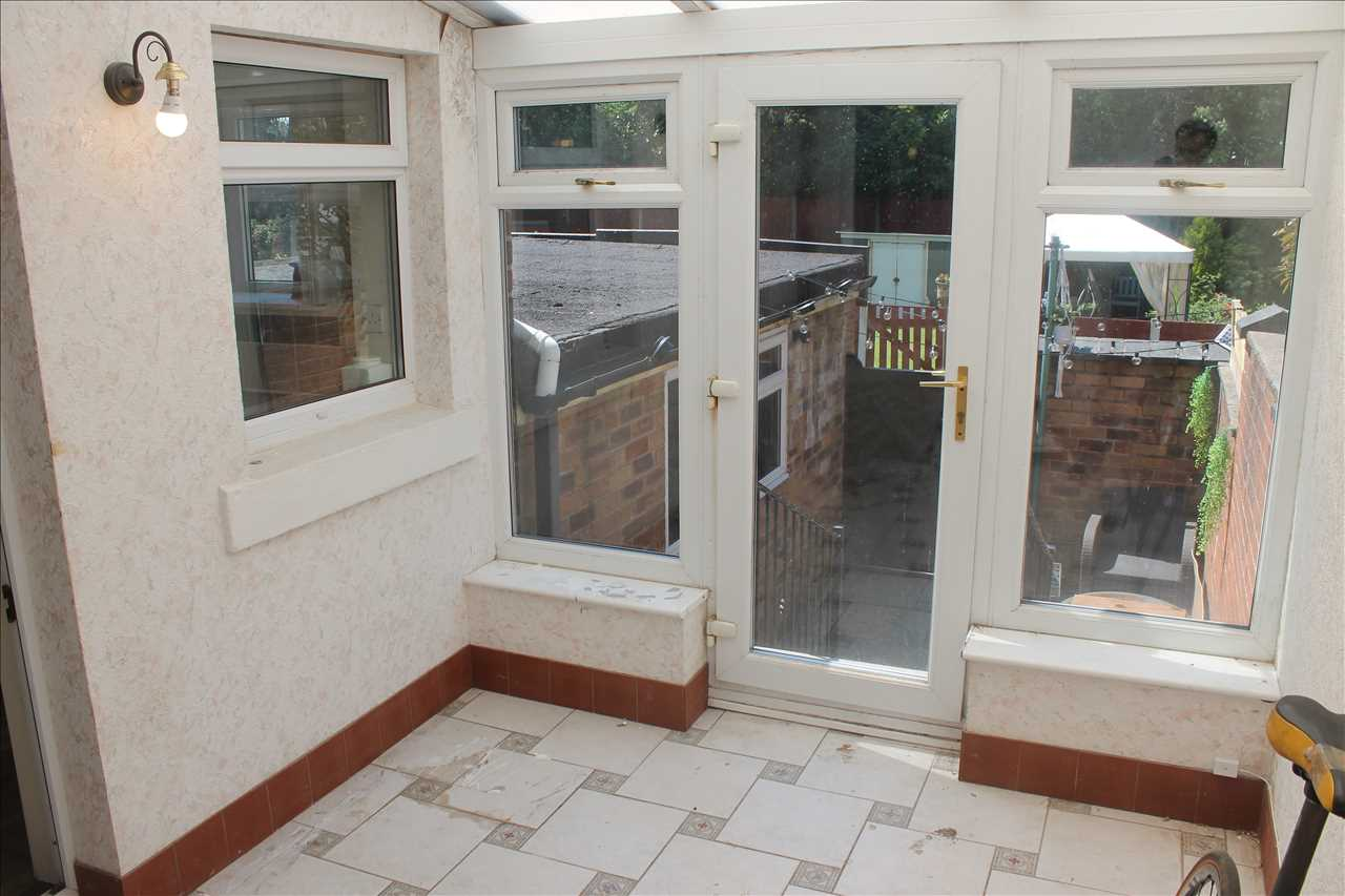 3 bed terraced for sale in Church Street, Adlington 14