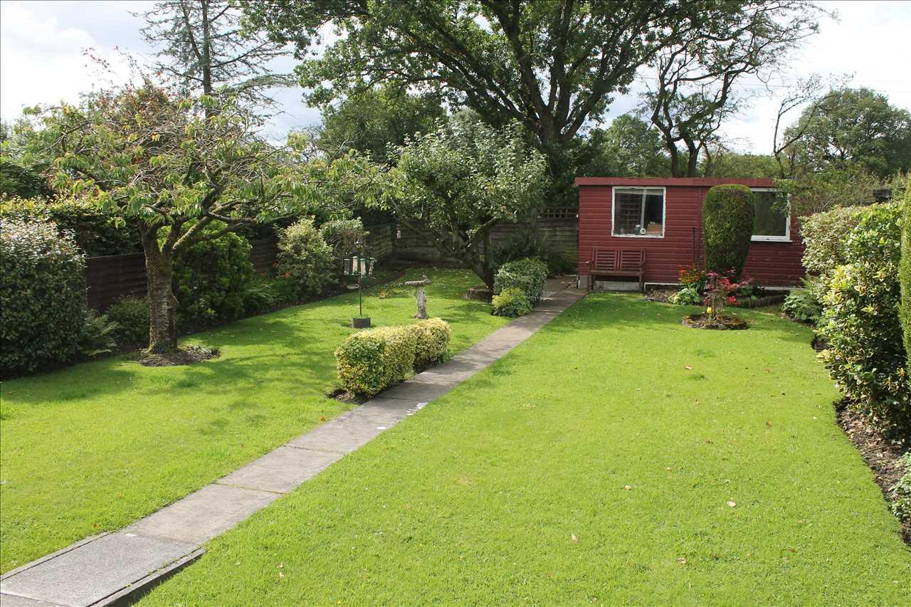 3 bed bungalow for sale in Castle Drive, Adlington 18