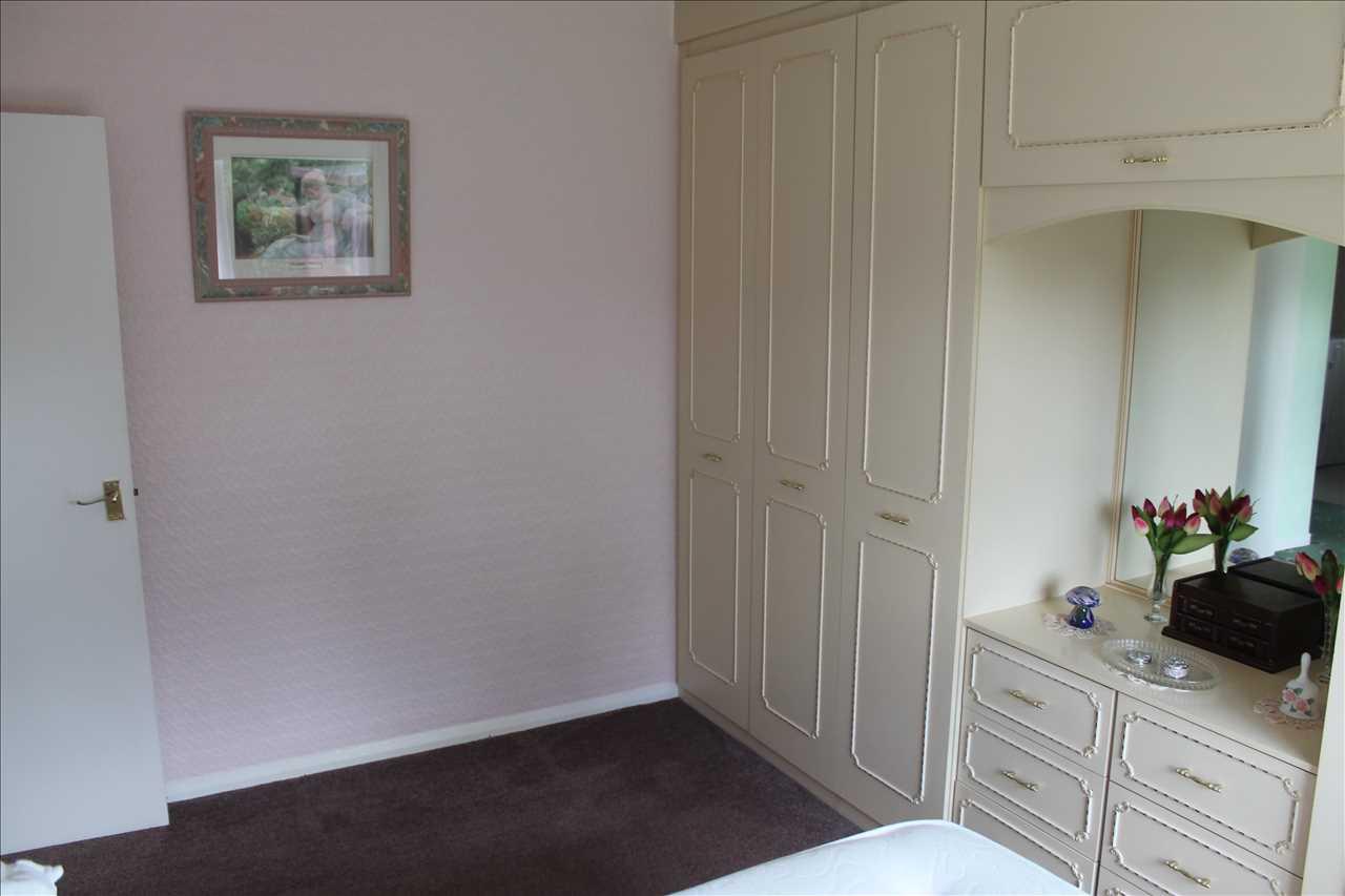 3 bed bungalow for sale in Castle Drive, Adlington 9