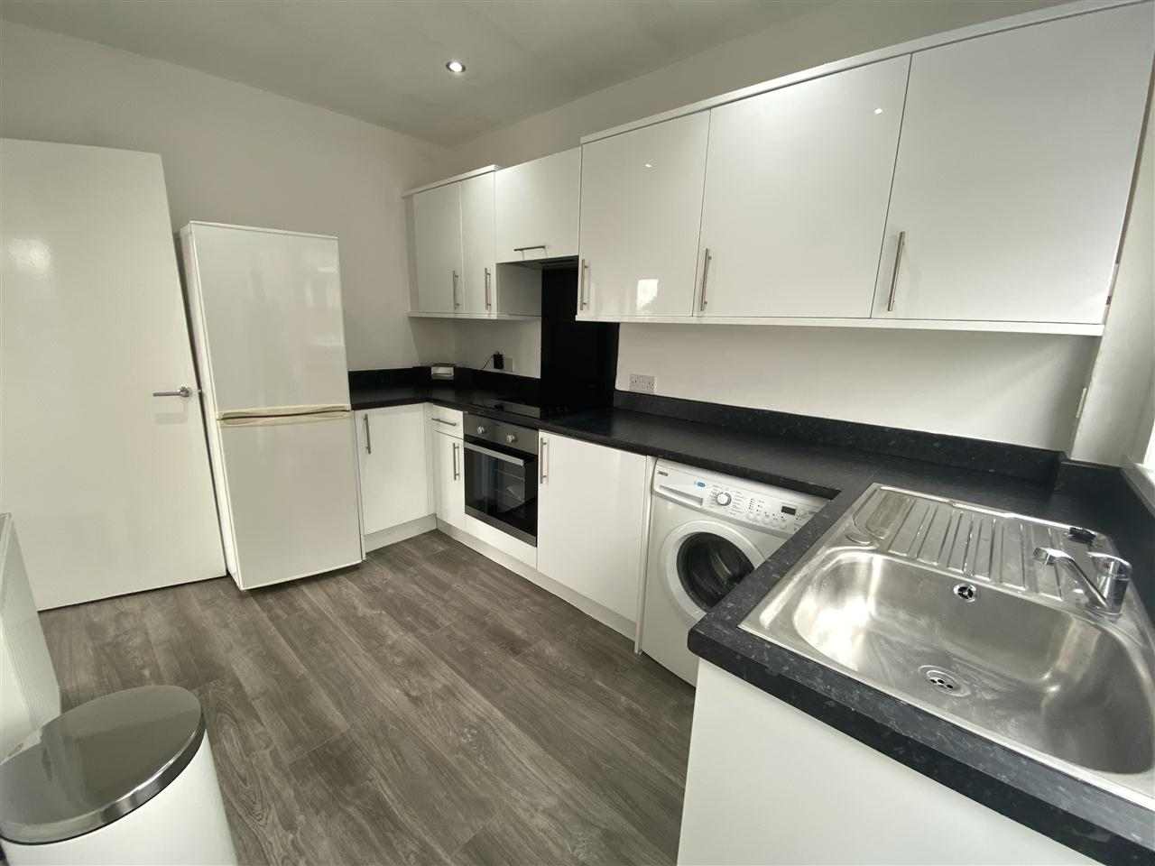 3 bed bungalow to rent in Clifton Drive, Blackrod 7
