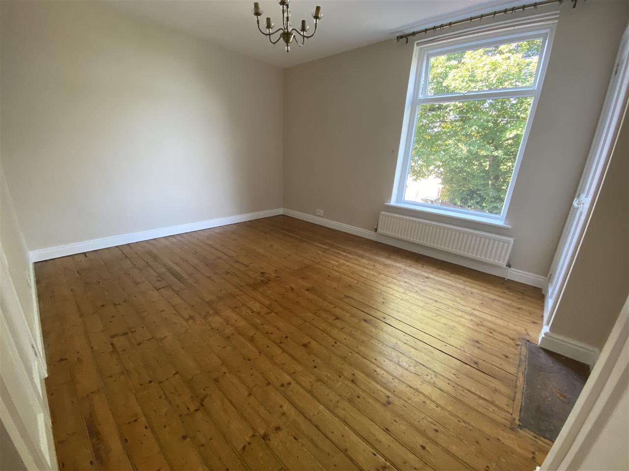 3 bed terraced to rent in Earnsdale Road, Darwen, Darwen 10