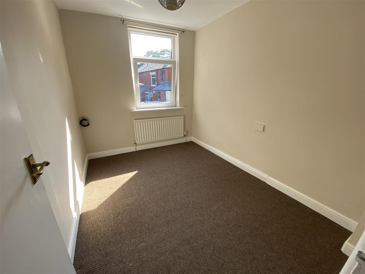 3 bed terraced to rent in Earnsdale Road, Darwen, Darwen 11