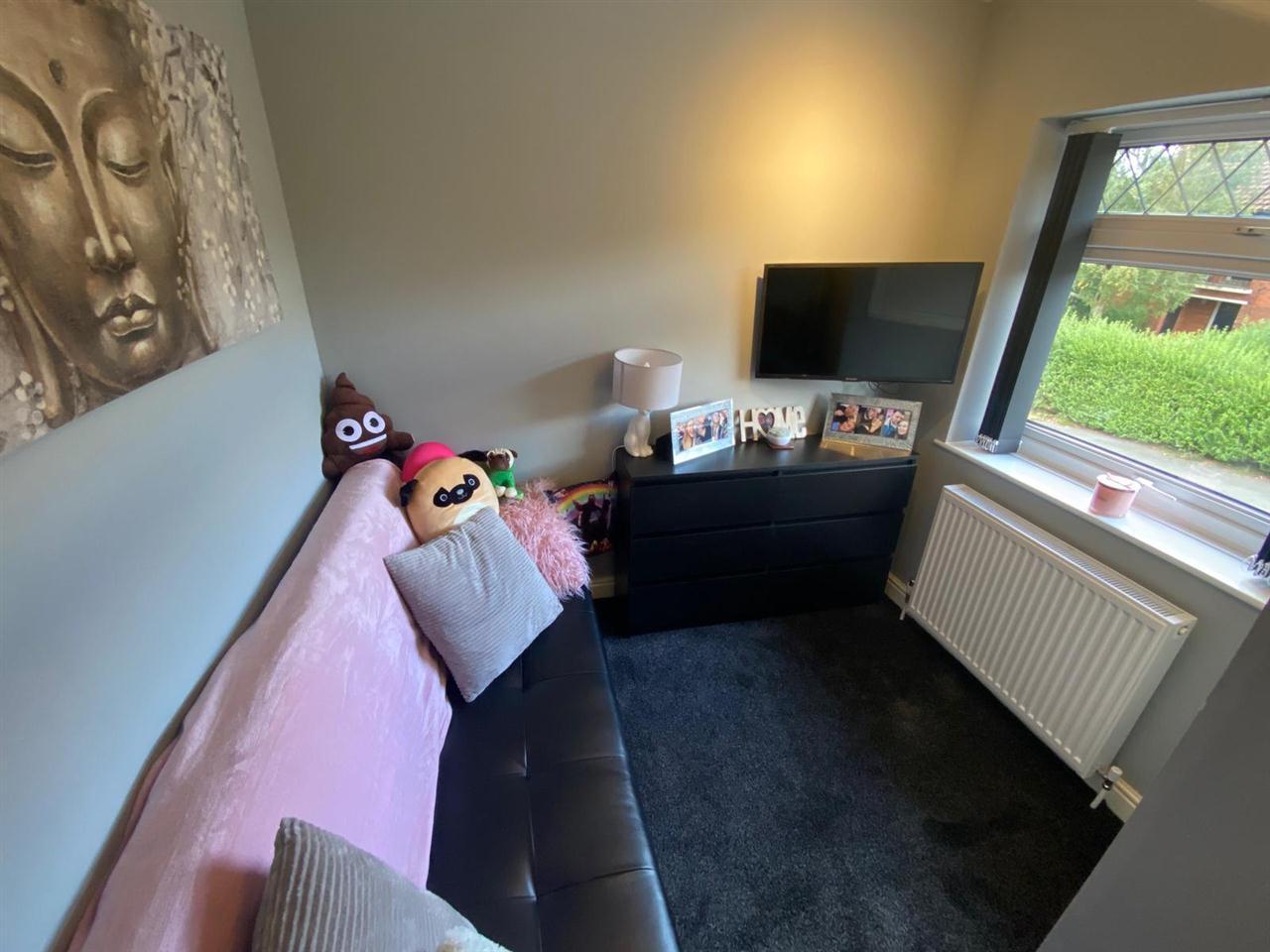 3 bed semi-detached for sale in Singleton Avenue, Horwich 14
