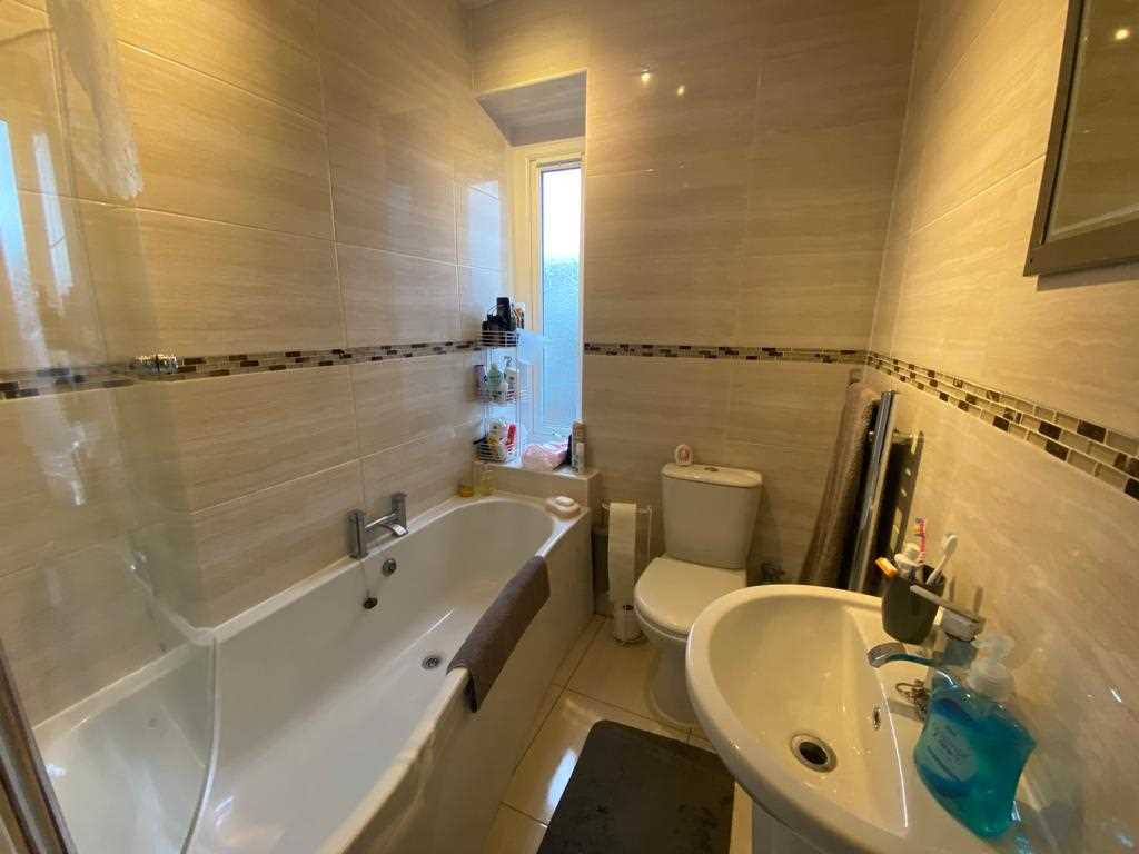 2 bed terraced for sale in Mayfield Avenue, Adlington 13