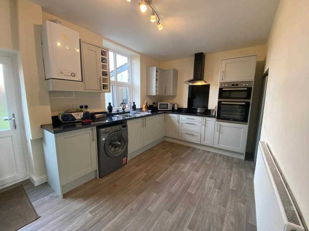 2 bed terraced for sale in Mayfield Avenue, Adlington 5