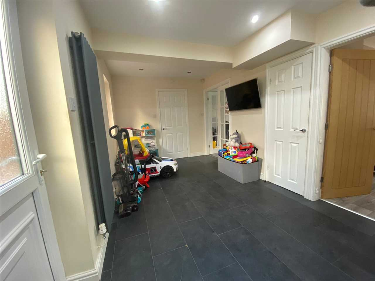 4 bed semi-detached for sale in Southdowns Road, Chorley 8