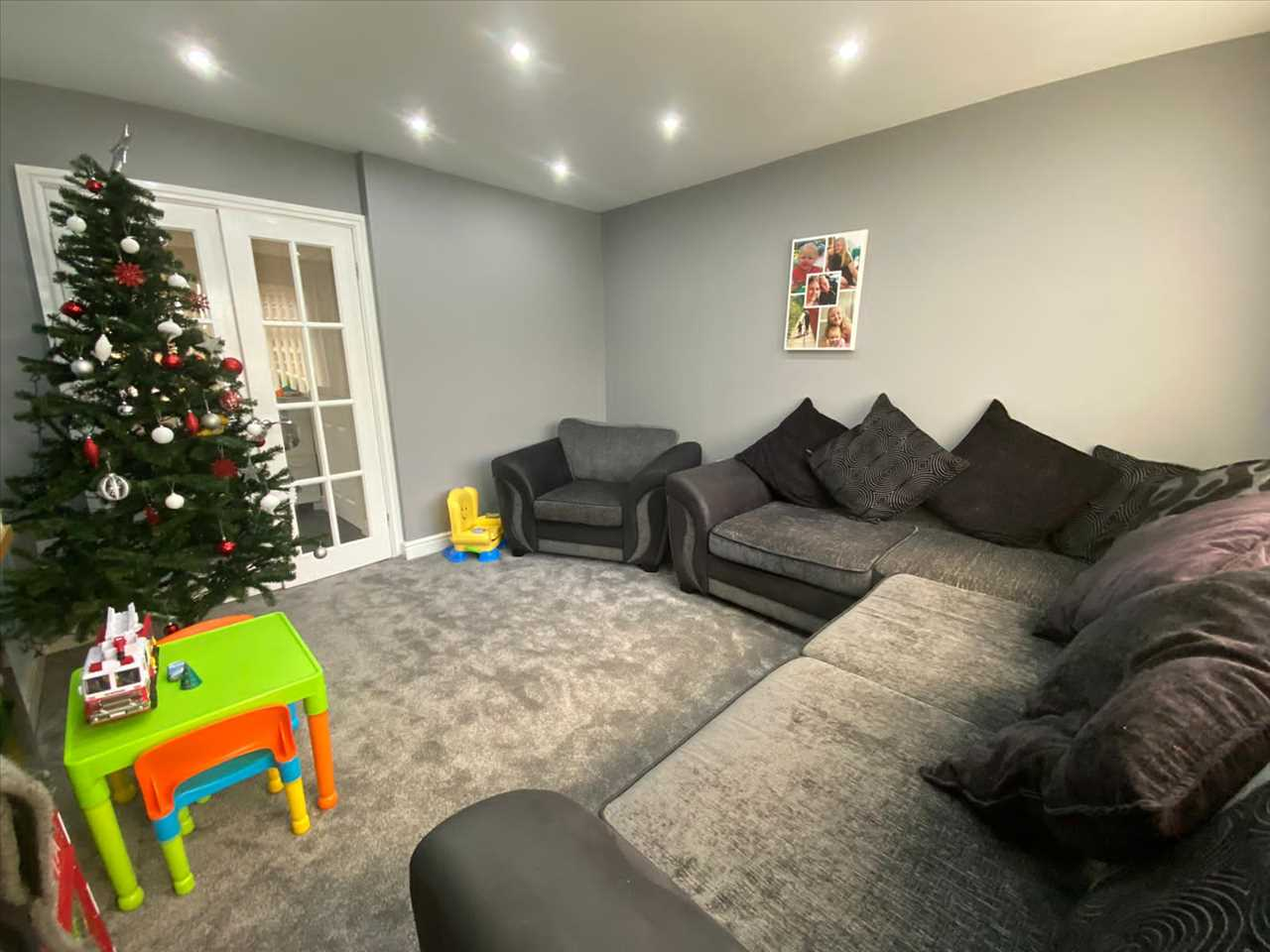 4 bed semi-detached for sale in Southdowns Road, Chorley 9