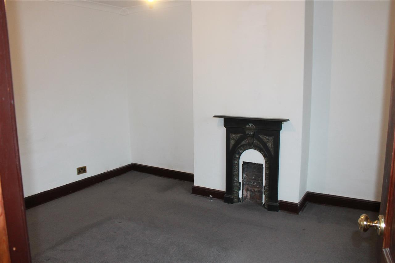 2 bed terraced to rent in Blackbun Rd,, Bolton 10