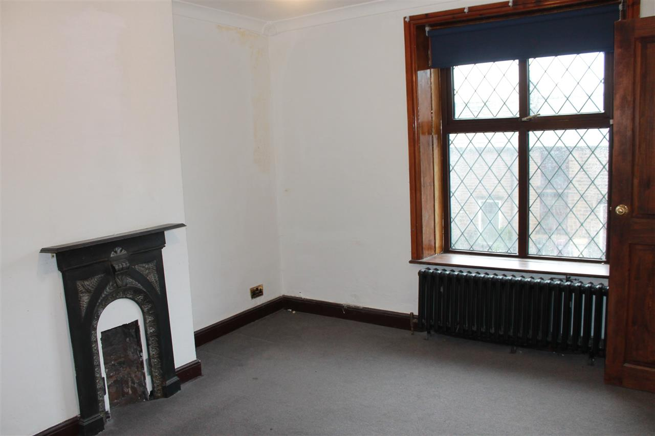 2 bed terraced to rent in Blackbun Rd,, Bolton 11