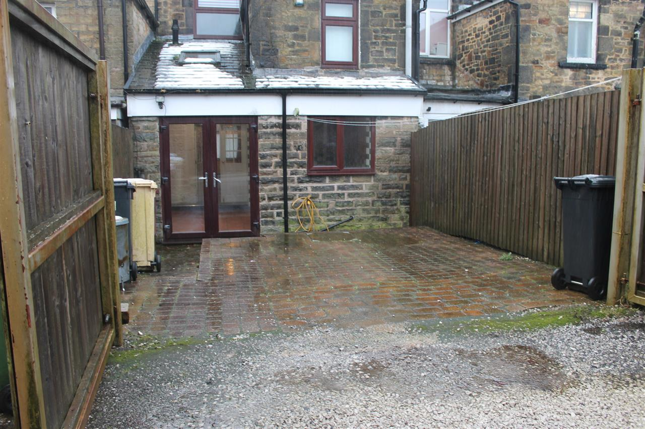 2 bed terraced to rent in Blackbun Rd,, Bolton 16