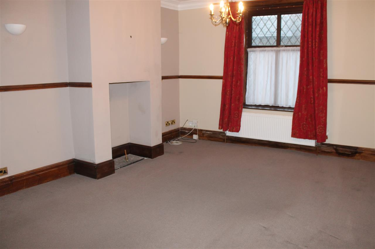 2 bed terraced to rent in Blackbun Rd,, Bolton 2