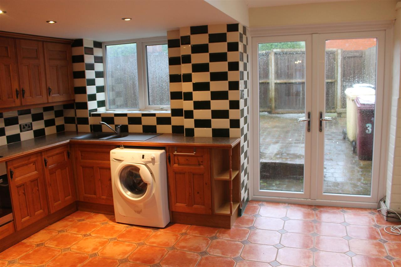 2 bed terraced to rent in Blackbun Rd,, Bolton 4
