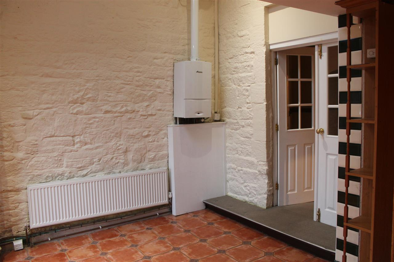 2 bed terraced to rent in Blackbun Rd,, Bolton 5