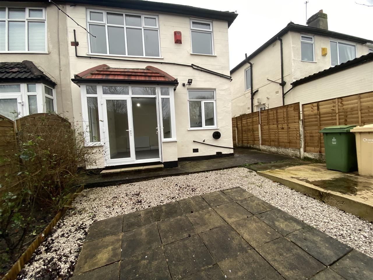 3 bed semi-detached to rent in Romney Road, Bolton 14