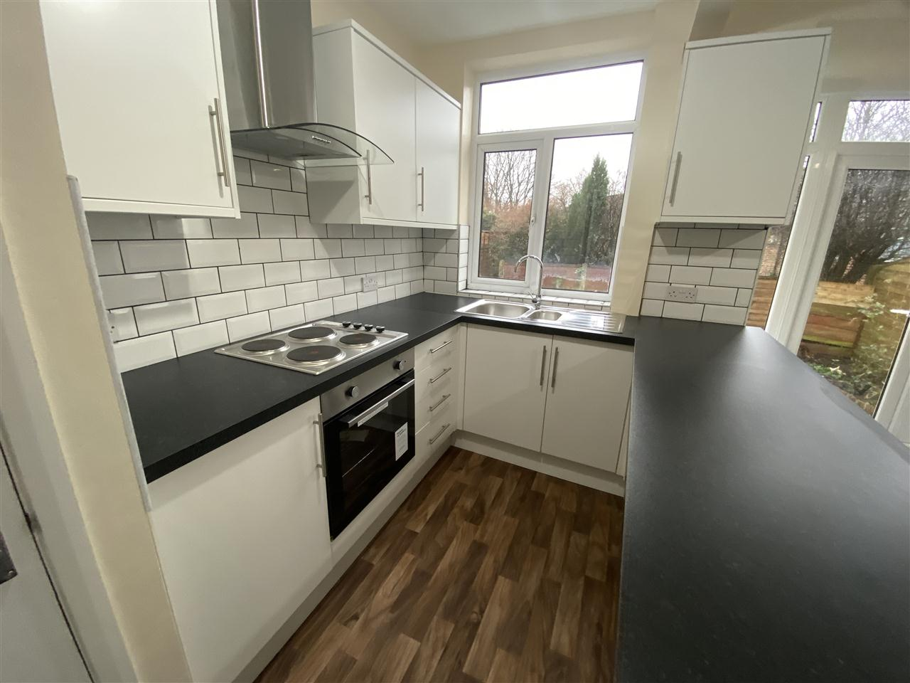 3 bed semi-detached to rent in Romney Road, Bolton 6