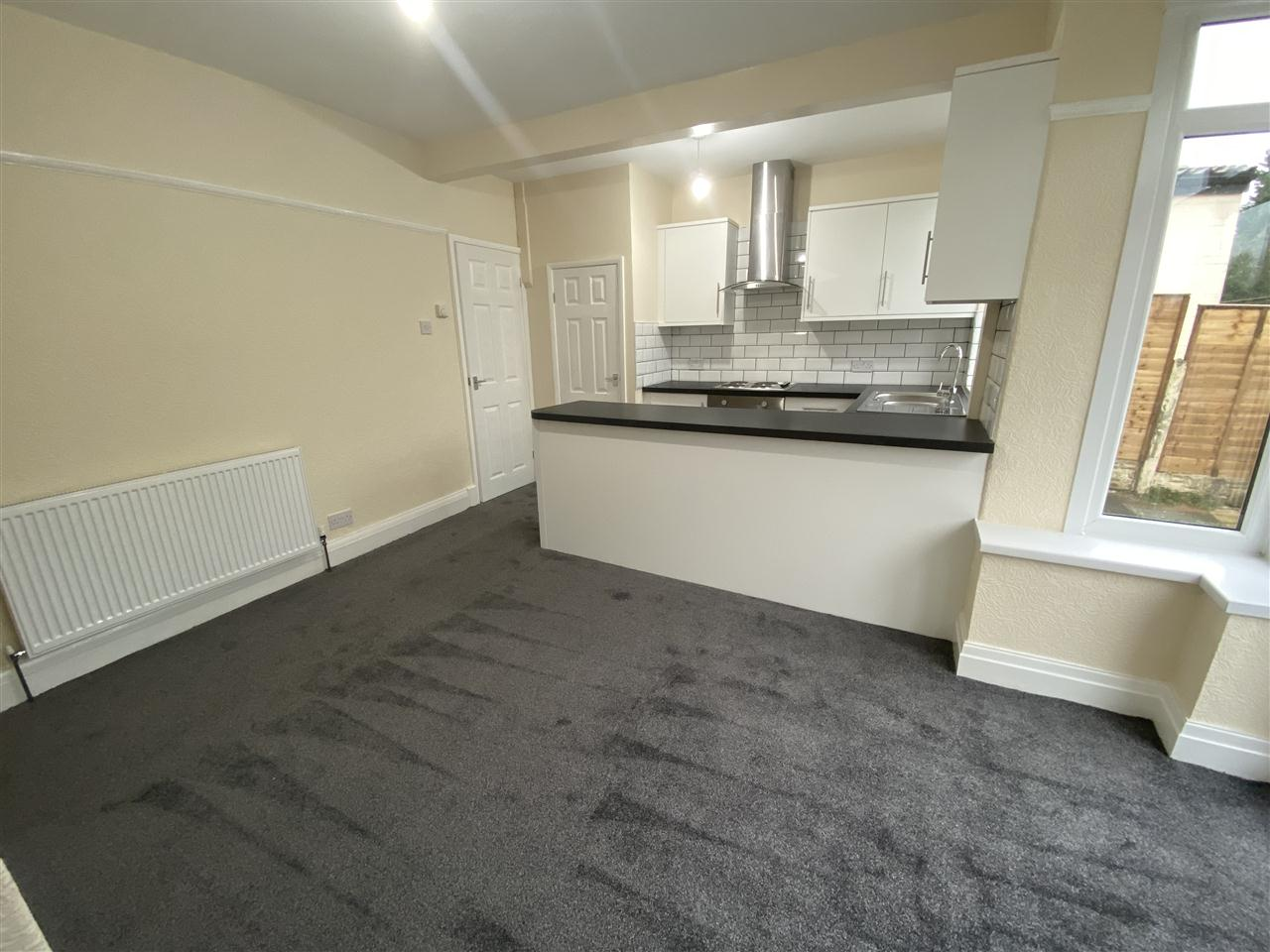 3 bed semi-detached to rent in Romney Road, Bolton 7