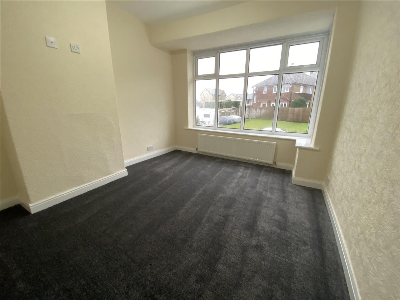 3 bed semi-detached to rent in Romney Road, Bolton 9
