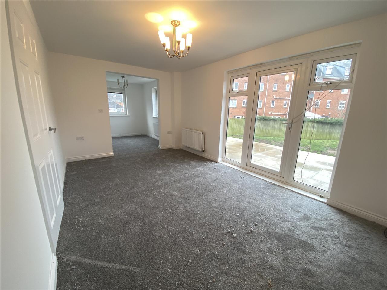 3 bed mews to rent in Baker Close, Buckshaw Village 4