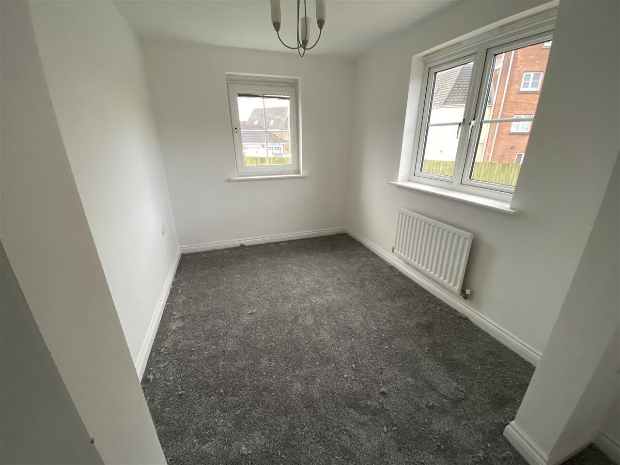 3 bed mews to rent in Baker Close, Buckshaw Village 6