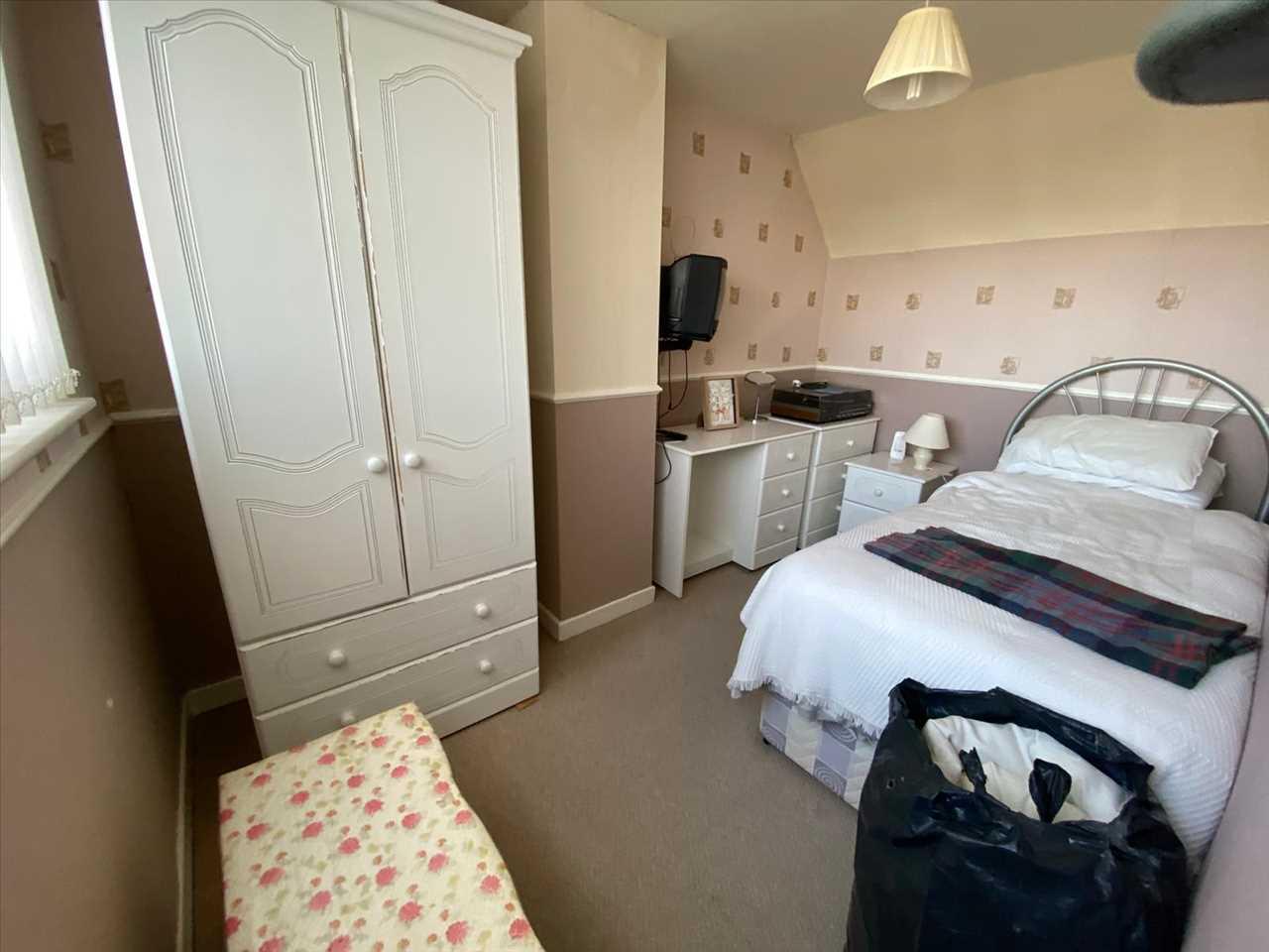 3 bed bungalow for sale in Ollerton Street, Adlington 9