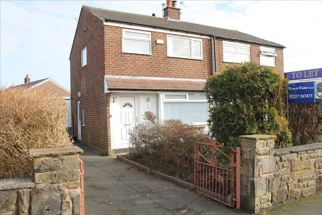 3 bed semi-detached to rent in Kirkstall Drive, Chorley - Property Image 1