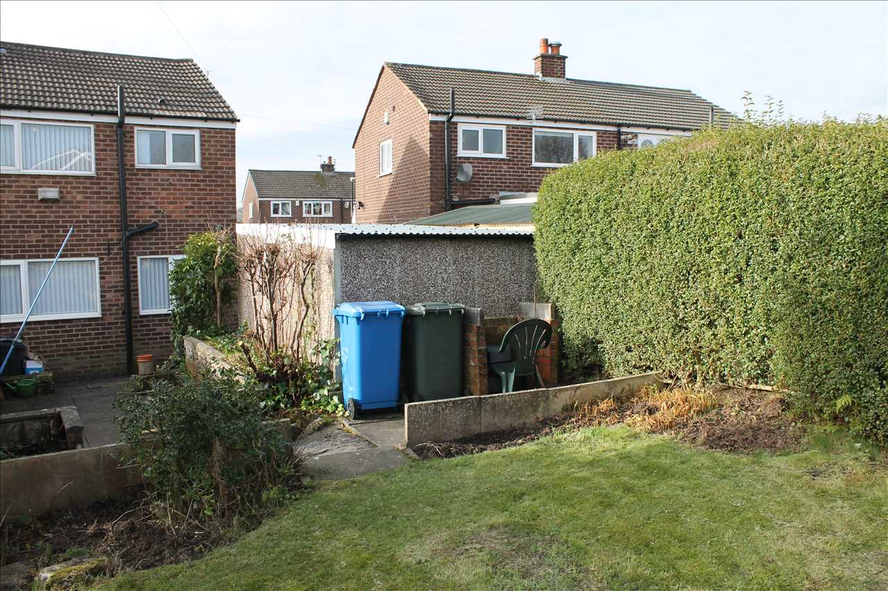 3 bed semi-detached to rent in Kirkstall Drive, Chorley 15