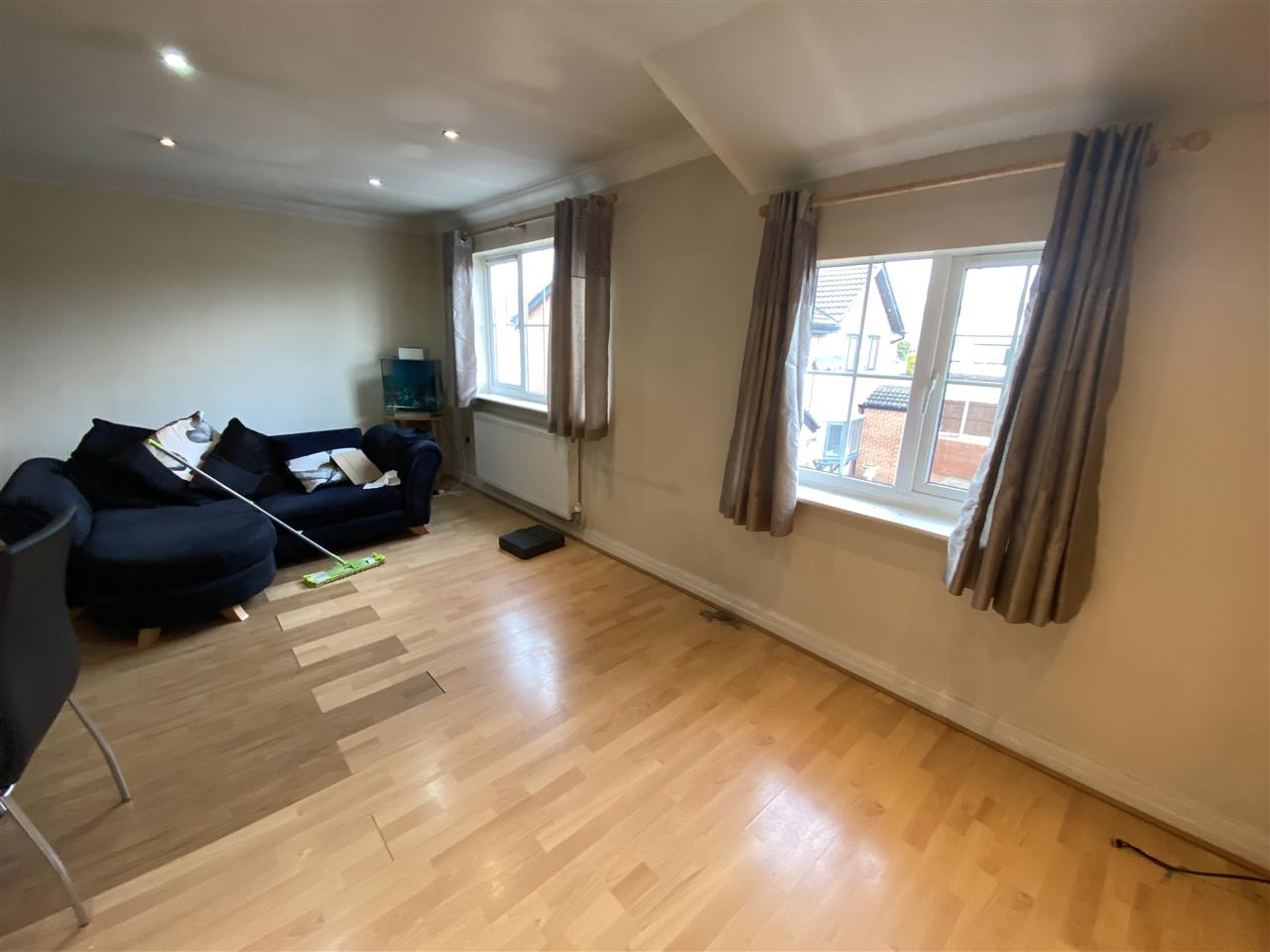2 bed apartment to rent in Alden Court, Westhoughton, Westhoughton 3