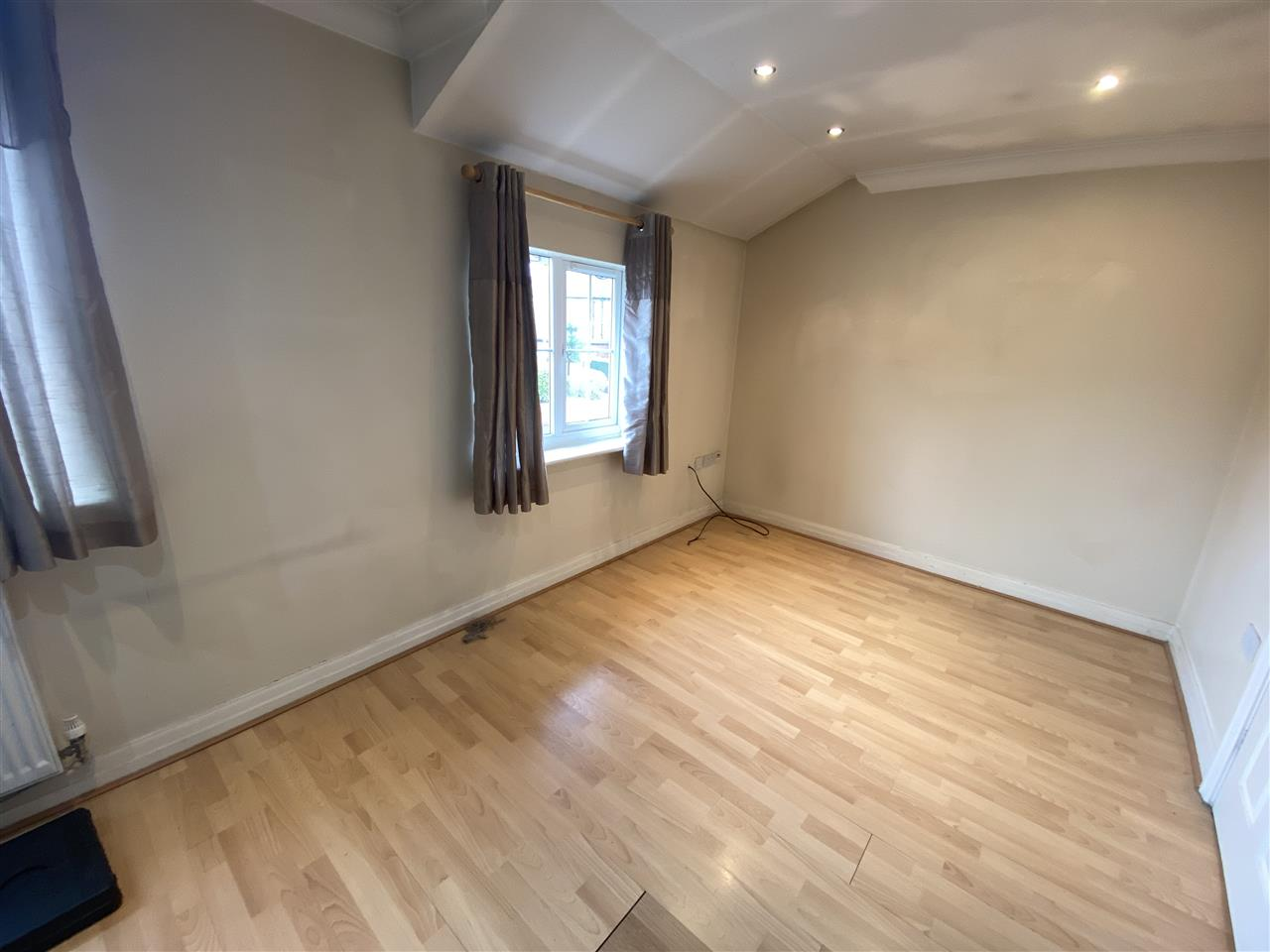 2 bed apartment to rent in Alden Court, Westhoughton, Westhoughton 4