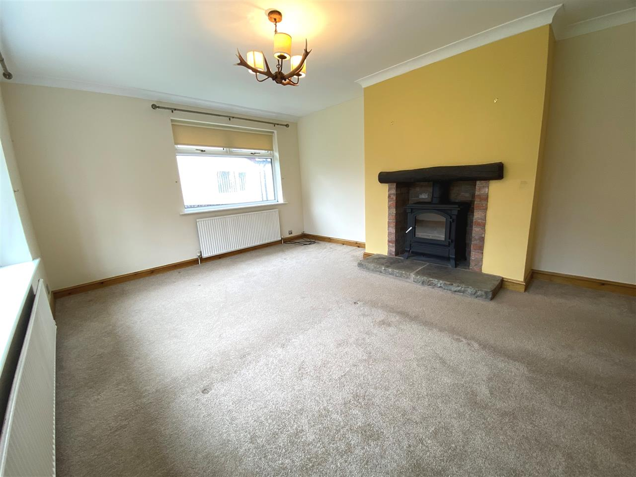 4 bed bungalow to rent in Robin Hill, Long Lane, Adlington 11