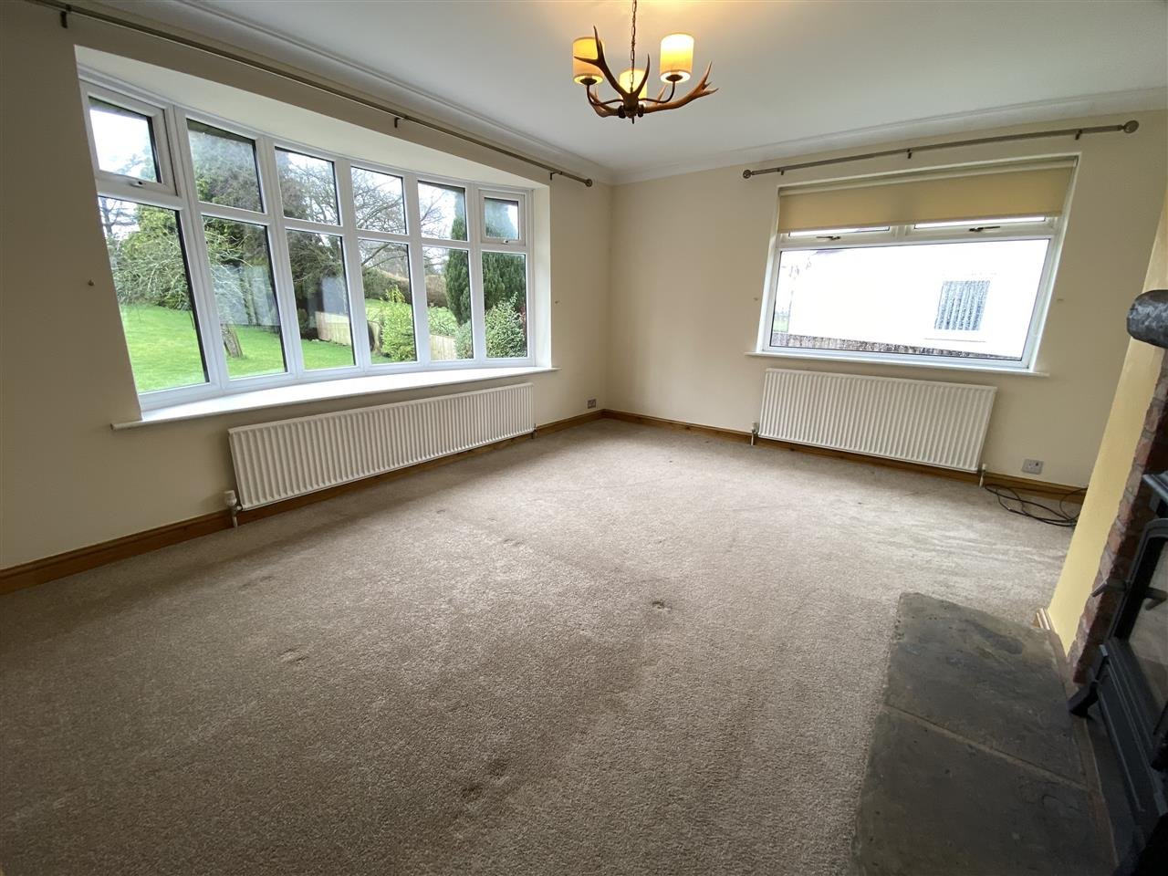 4 bed bungalow to rent in Robin Hill, Long Lane, Adlington 12