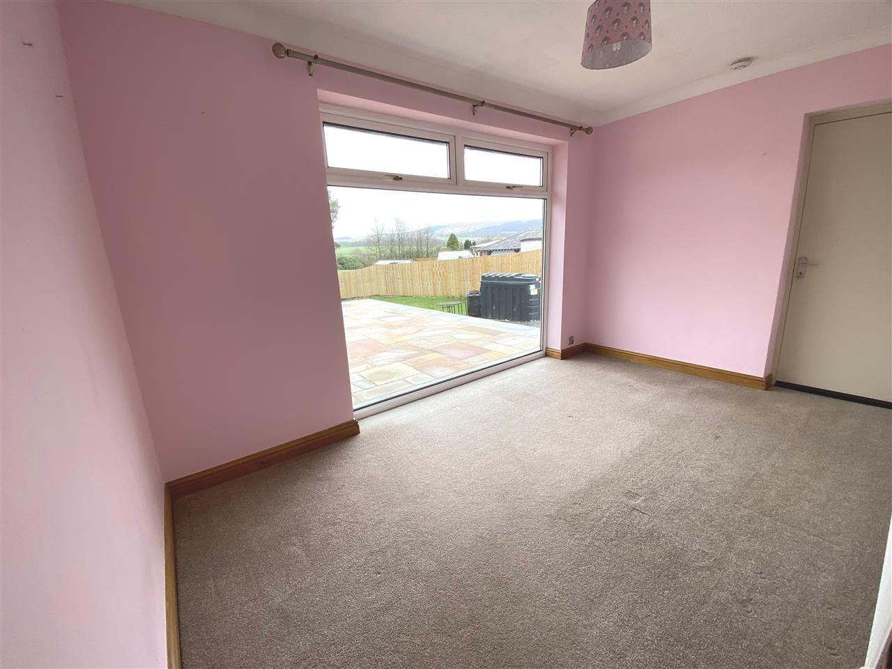 4 bed bungalow to rent in Robin Hill, Long Lane, Adlington 15