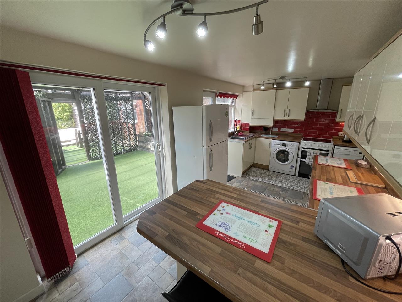 3 bed semi-detached for sale in Balmoral, Adlington, Adlington 6